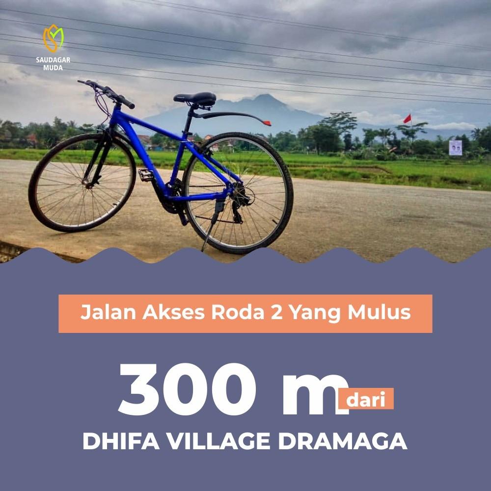 Jalan akses Dhifa Village